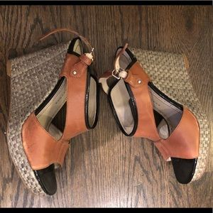 Marc by Marc Jacobs Leather Cutout &Rafia Wedges